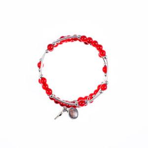 DW208-1-bransoletkaBransoletka Koronka do Miłosierdzia Bożego wykonana z koralików i metalu. Na bransoletce jest krzyżyk i medalik z Jezusem Miłosiernym. Do koronki dołączona jest krótka instrukcja modlitwy.Specyfikacja:Średnica bransoletki: 6 cmŚrednica koralika: 0,6 cmKolor: czerwono-niebieskiSkład: metal, tworzywoIdealny upominek dla bliskiej osoby.koronka-do-najdroższej-krwi-chrystusa